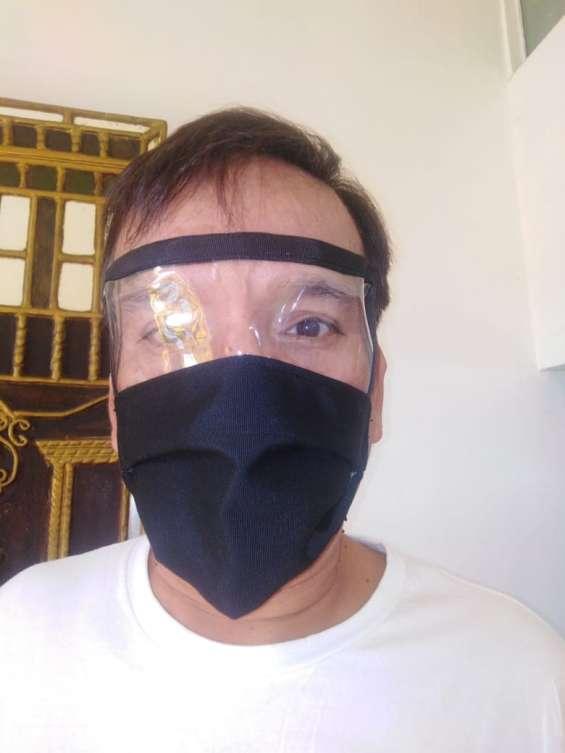 Tapaboca con visor optico
