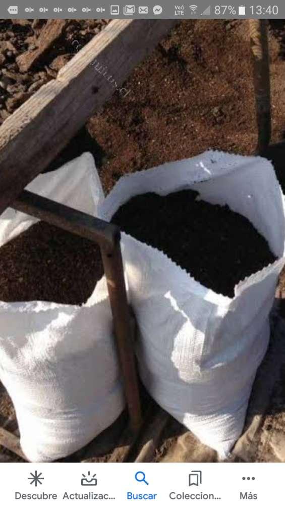 Abonos organicos, compost, tierra preparada y humus