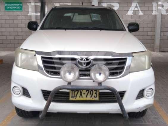 Fotos de Toyota hilux 2013 4x4 diesel 4