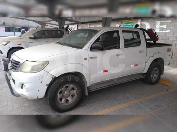 Fotos de Toyota hilux 2013 4x4 diesel 1