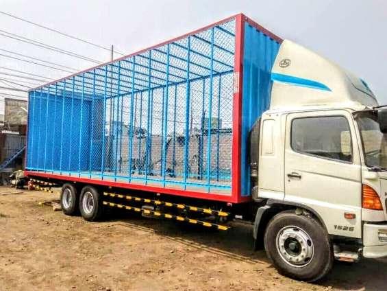 Fabricantes de carrocerias de carga diseñadas para todo los caminos