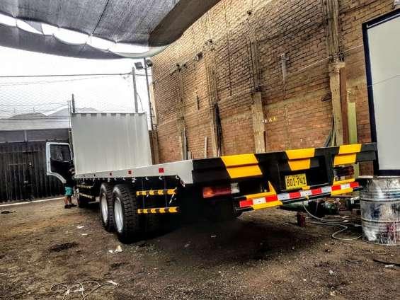 Fotos de Fabricantes de carrocerias de carga diseñadas para todo los caminos 3