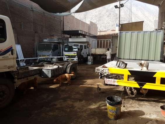 Fotos de Fabricantes de carrocerias de carga diseñadas para todo los caminos 5