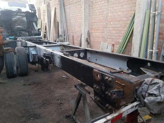 Fotos de Fabricantes de carrocerias de carga diseñadas para todo los caminos 6