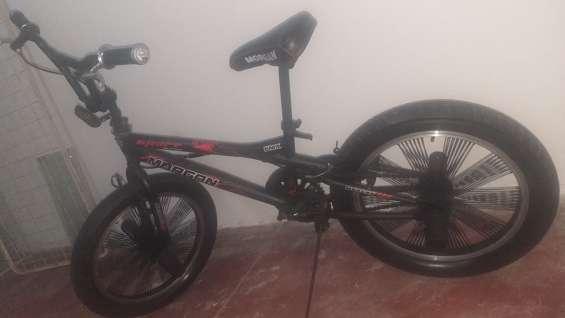 Bicicleta bmx en buen estado y en perfectas condiciones