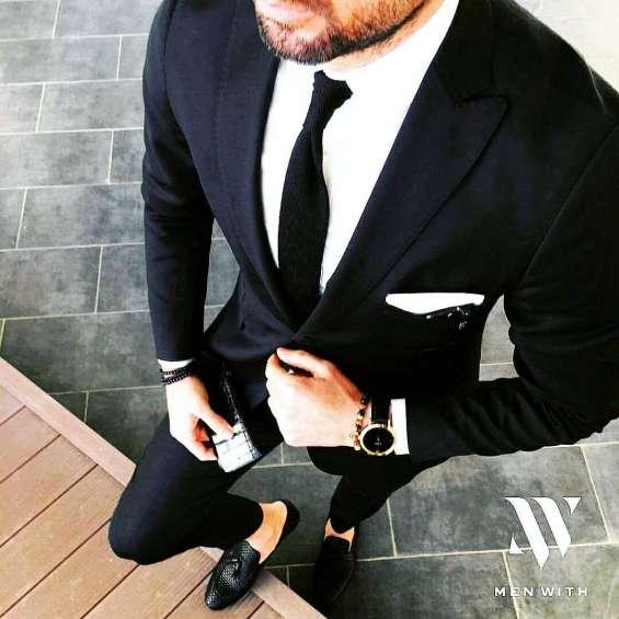 ¿buscas alquiler de ternos de tendencia italiana para distintas ocasiones? ???????? encuentra tu mejor terno para cualquier ocasión y crea un look único y contemporáneo para ti. ????   venta y alquiler de ternos con opción a compra...  av. general garzon 1