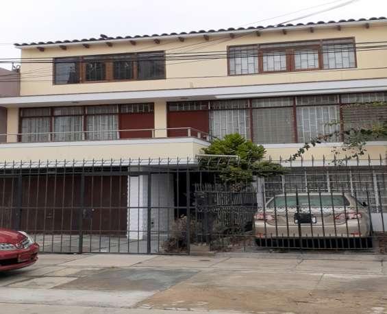 Vendo casa 254 m2, 3 pisos pueblo libre (ref: 701) ww
